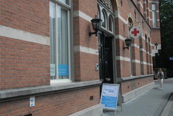 Het pand van het Rode Kruis afdeling 's-Hertogenbosch aan de Oude Dieze