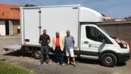 """Gemeente koopt nieuwe lichte vrachtwagen: """"Daarmee kunnen we de vele uitleningen gemakkelijker organiseren"""""""