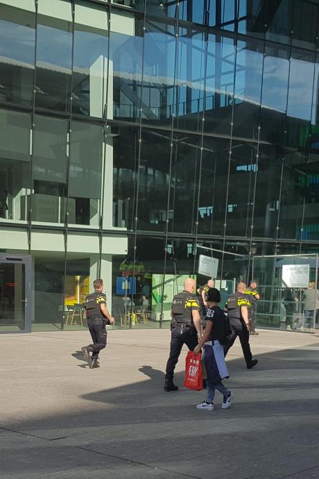 Man opgepakt in Stadskantoor Utrecht met 'zware tas' en kogelwerend vest