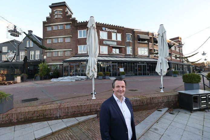 Bjorn van de Brug op de plek in Helmond waar straks weer terrassen moeten staan