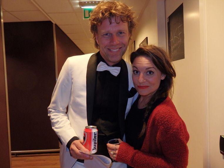 Jelle Kuiper, gastheer van de avond, en Eva Crutzen, jaargang 2012 Beeld Schuim