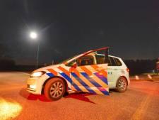 Vrouw (45) vecht drie gewapende overvallers huis uit in Riethoven