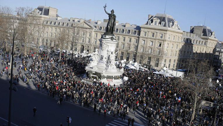 Demonstranten verzamelen zich op het Place de la République in Parijs. Beeld ap