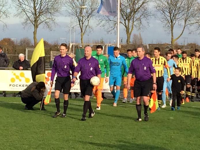 We gaan beginnen in Waardenburg. WNC-Heinenoord op 8 oktober gestaakt na 45 minuten. Stand 1-1 en WNC met 10 spelers . Eerste klasse zaterdag zuid 1.