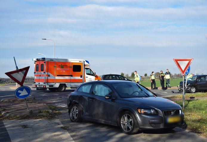 Bij een ongeval aan de Terborgseweg in Azewijn is één persoon gewond geraakt.