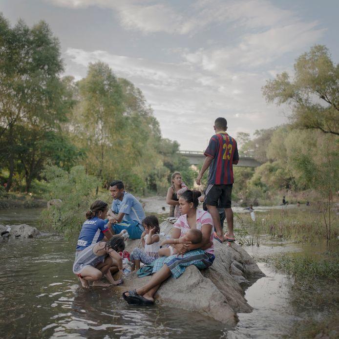 UIi The Migrant CaravanPieter Ten Hoopen_Agence Vu_Civilian Act