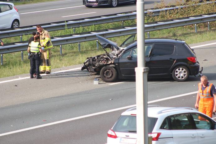 Een ongeval op de A50 bij Beekbergen.