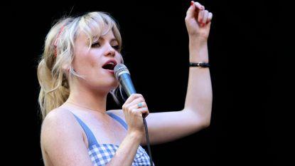 """Duffy onthult waarom ze in 2011 plots stopte met zingen: """"Ik werd enkele dagen gevangen gehouden en ben toen ook verkracht geweest"""""""