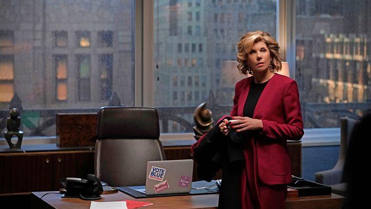 Christine Baranski als Diane Lockhart, een liberal die heen en weer zwalkt tussen oncontroleerbare woede en berusting. Beeld