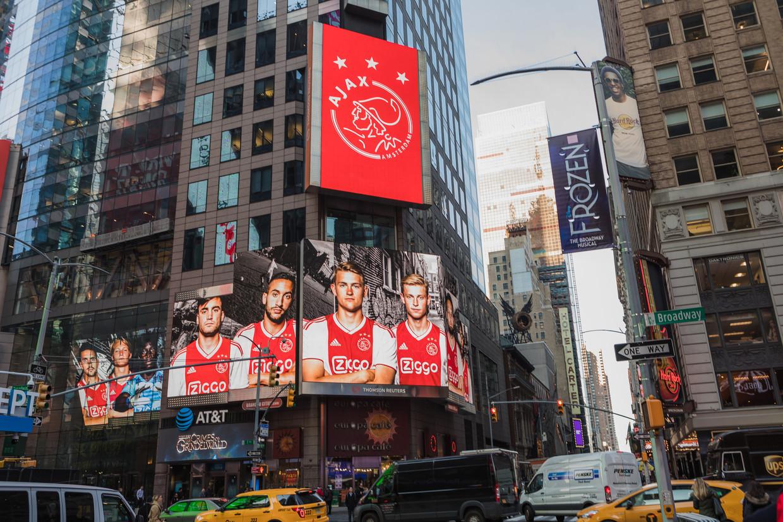 Ajax presenteerde zich in 2018 in New York, geheel volgens Verhoogts ideeën. Nu nog maatregelen om de spanning in Nederland op te voeren, is zijn pleidooi.  Beeld Louis van de Vuurst
