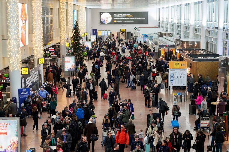 Brussels Airport zag vorig jaar het aantal reizigers toenemen tot bijna 26,4 miljoen, een stijging met 2,8 procent.