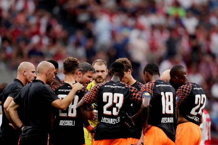 De komende periode wordt het elftal van PSV voor dit seizoen als het ware 'gezet'.
