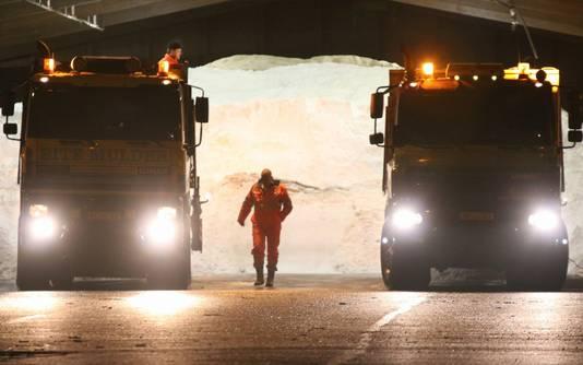 Strooiwagens hebben al ruim 465.000 kilo zout gestrooid.