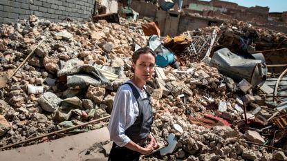 """Angelina Jolie bezoekt Mosoel: """"Grootste ravage die ik al heb gezien. Vergeet deze stad alstublieft niet"""""""