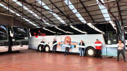 """Autocarbedrijf haalt meer dan 2.000 gestrande reizigers terug naar België: """"Mensen zijn enorm dankbaar dat ze thuis zijn"""""""