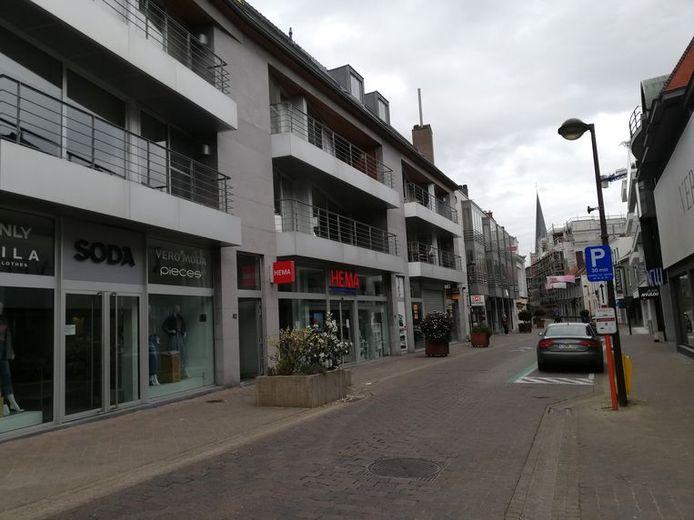 Les faits se sont déroulés dans un appartement du centre de Waregem, dans la Stormestraat.