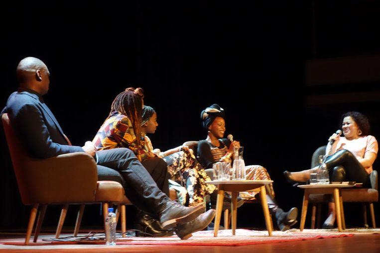 Alphonse Muambi, Clarice Gargard, Hélène Christellle Munganyende, Dalilla Hermans, Anousha Nzume. Beeld wb