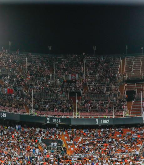 Ajax moet door straf UEFA zonder uitsupporters naar Chelsea in Champions League