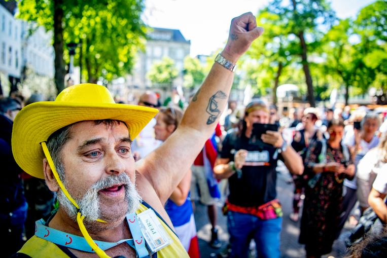 Demonstranten tijdens de vorige optocht van VirusWaanzin, op 12 juli in Den Haag. Beeld Hollandse Hoogte /  ANP