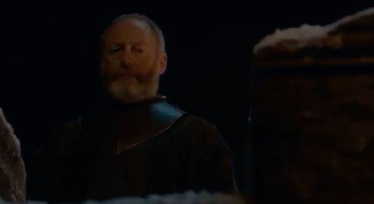 Ser Davos vertrouwt het allemaal niet.