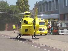 Gewonde bij ongeval met heftruck bij bedrijf in Dinxperlo