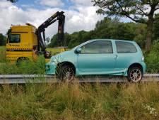 Automobilist valt in slaap op A58 en rijdt vangrail op bij Moergestel