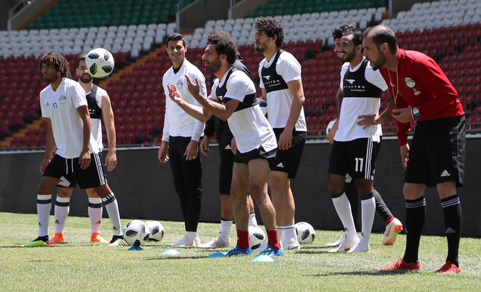 Mohamed Salah (midden).