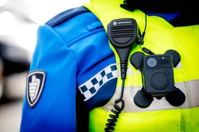Bodycam voor alle handhavers in Rotterdam moet veiligheid vergroten