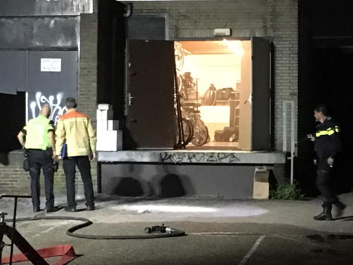 De brand ontstond in een bijgebouw.