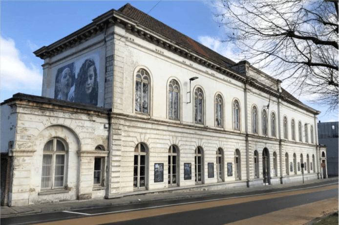 De voormalige materniteit van De Bijloke, waar nu onder meer LOD muziektheater en Les Ballets C de la B hun stek hebben.