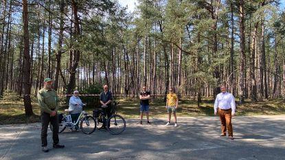 """Domeineigenaar stelt bospaden open voor wandelaars en fietsers: """"Fantastisch om nieuwe wegen te ontdekken"""""""