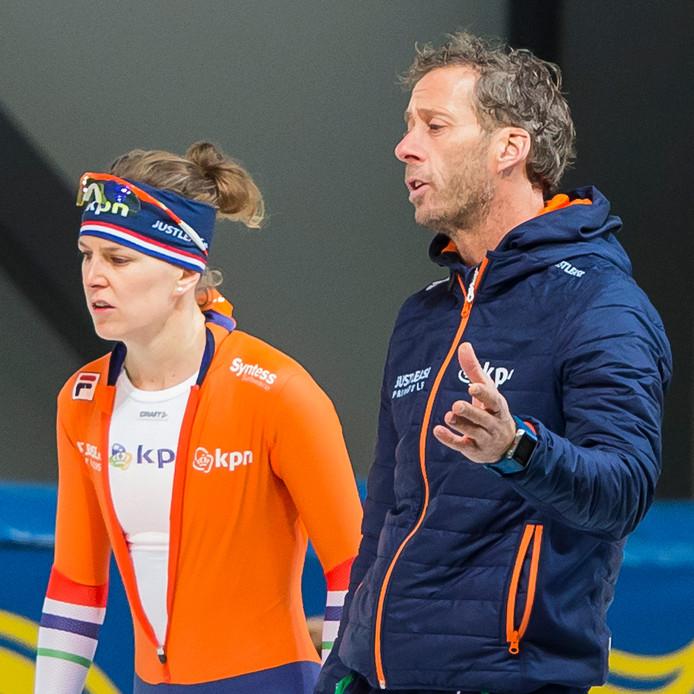 Ireen Wüst en coach Rutger Tijssen.