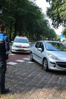 Buurt in Baarn afgezet om inbrekers: één van de vier verdachten aangehouden, klopjacht bij Paleis Soestdijk