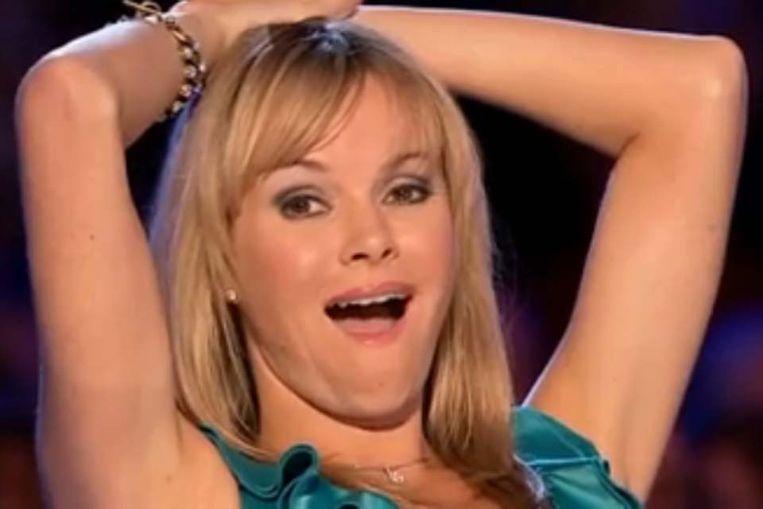 Jurylid Amanda Holden van Britain's Got Talent reageert op de eerste noten van Susan Boyle. Gespeeld of echt? (YouTube/ITV) Beeld