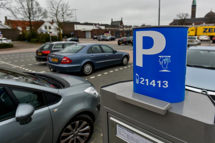 Bij wijze van experiment kunnen automobilisten in het centrum van Waalwijk het eerste uur hun auto gratis parkeren.