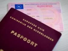 Paspoort wordt in Nijmegen niet thuis bezorgd: te duur