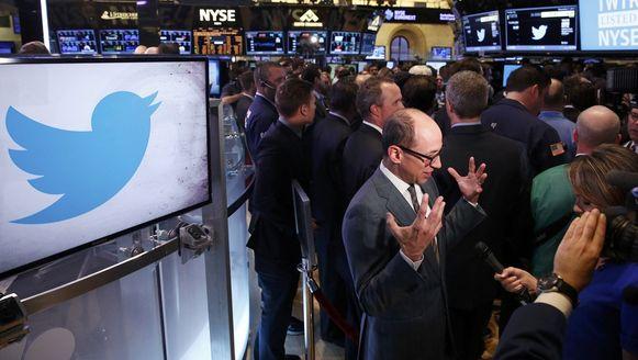 Twitter-CEO Dick Costolo wordt geïnterviewd op de NY Stock Exchange.