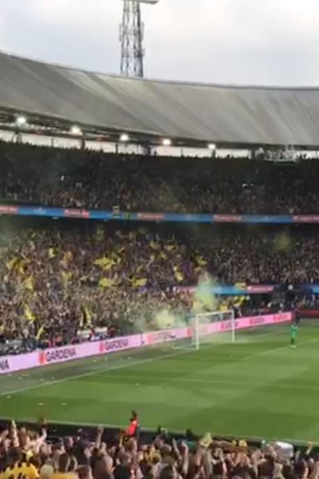 De Kuip en Markt ontploffen na historische bekerwinst Vitesse