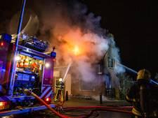 Vrouw (84) overlijdt bij uitslaande woningbrand in Moerdijk
