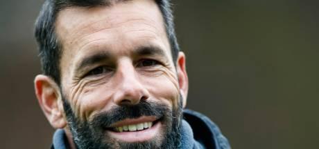 Van Nistelrooij baalt van uitschakeling, maar ziet toekomst zonnig in