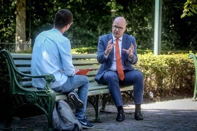 """Efteling-directeur Fons Jurgens is gelukkig dat het park eindelijk weer open mag. """"De eerste nacht na de sluiting heb ik geen oog dichtgedaan."""""""