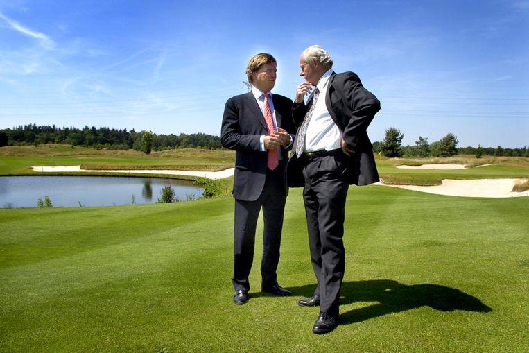 Advocaat Dion Bartels (links) (Raymond Rutting/ de Volkskrant) Beeld
