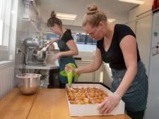 Bakmeisjes maken in no time 1500 cupcakes voor Meander