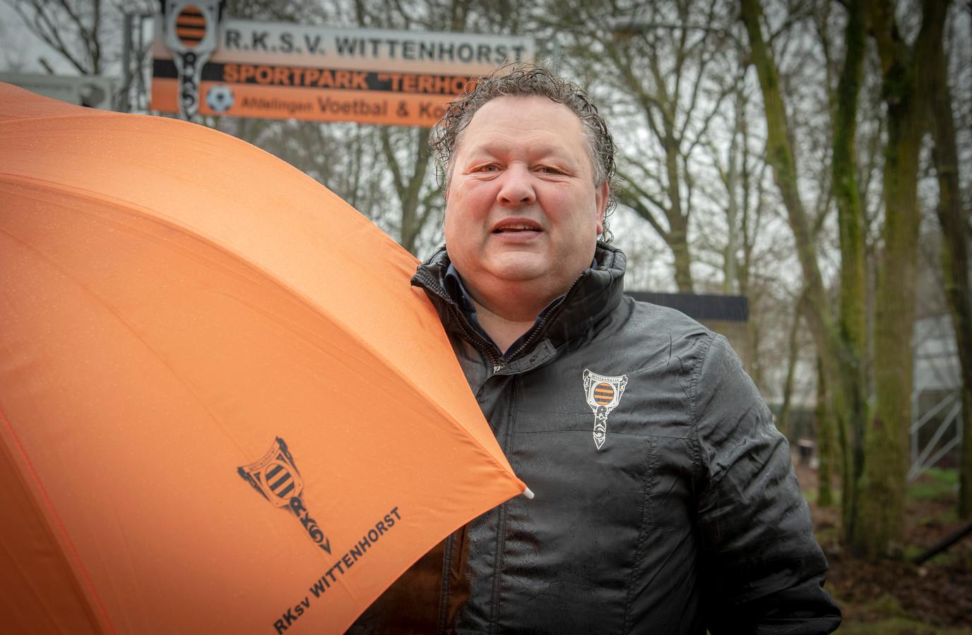 RKSV Wittenhorst-trainer Ton Kosterman uit Wijchen: 'Ik moet nog wel extra arbeid gaan leveren. En ook wat kilo's kwijtraken voordat ik die berg op ga.'