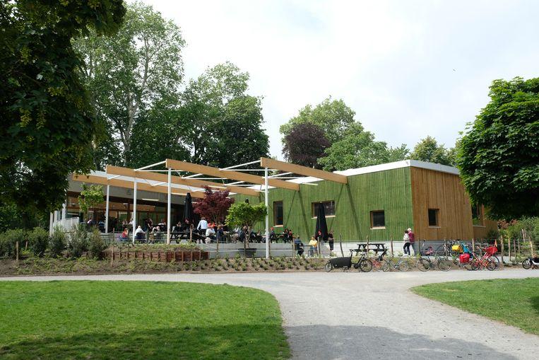 Het nieuwe Grand Café Capital in het Stadspark heeft deze week de deuren geopend.