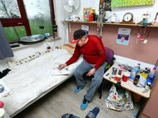 Bewoner Michel is de gids in Groot Batelaar: 'Pak jij even de shag'
