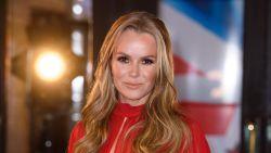 'Britain's Got Talent'-jurylid Amanda Holden met spoed afgevoerd na dubbele beenbreuk