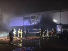 Brand in fietsfabriek in Ulft, advies om ramen en deuren gesloten te houden