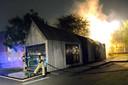 De brandweer moest uitrukken voor een brand in een wijkcentrum tijdens een nieuwe nacht vol ongeregeldheden in de Haagse Schilderswijk.