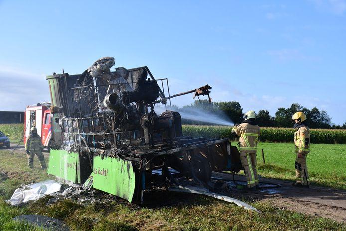 De wagen werd uitgebrand gevonden aan de Petersweg.